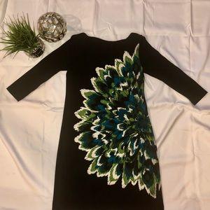 Maggie London 3/4 sleeve dress w flower print